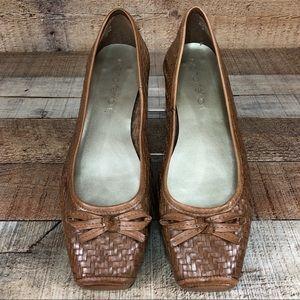 Diana Ferrari • Woven Leather Flats